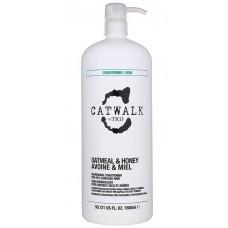 AKЦИЯ - Tigi Catwalk Oatmeal & Honey Conditioner - Кондиционер для сухих волос, 1500 мл